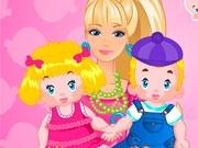 Барби следит за близнецами
